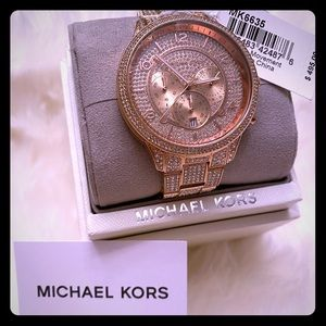 🛍NWT🛍 MICHAEL KORS RUNWAY ROSE GOLD WATCH